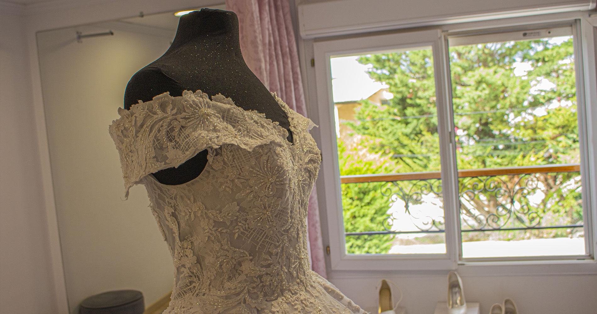 Création de robe de mariée Marseille